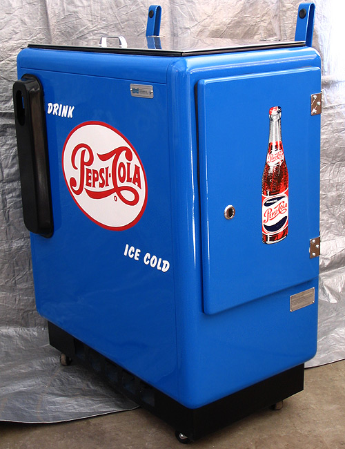 Pepsi Cola Ideal 55 Machine - Side Door View