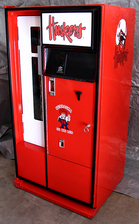 Nebraska Cornhuskers Cavalier 64 Machine - Left View