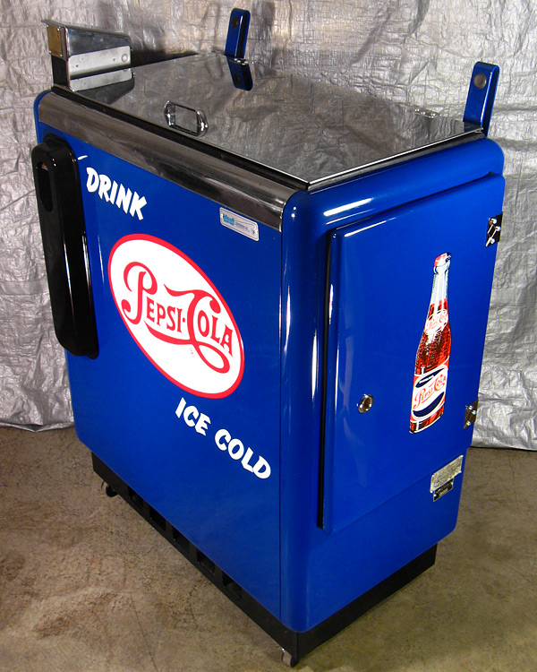 Pepsi Cola Ideal 55 Machine - Corner View