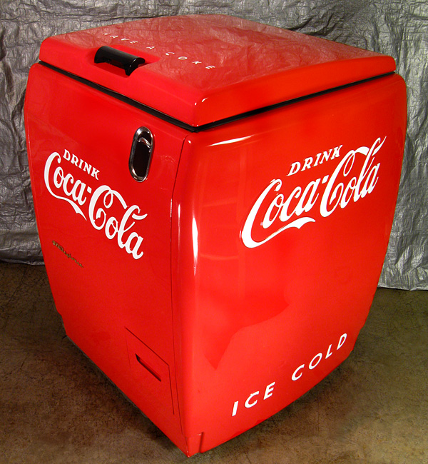 Coca Cola Westinghouse WD-5 Chest Machine - Angle View